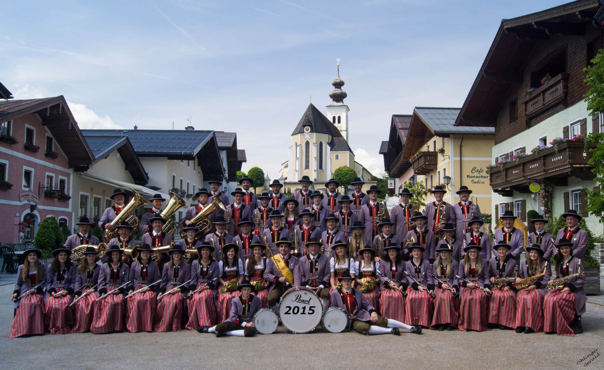 Square concert of the traditional music band St. Veit