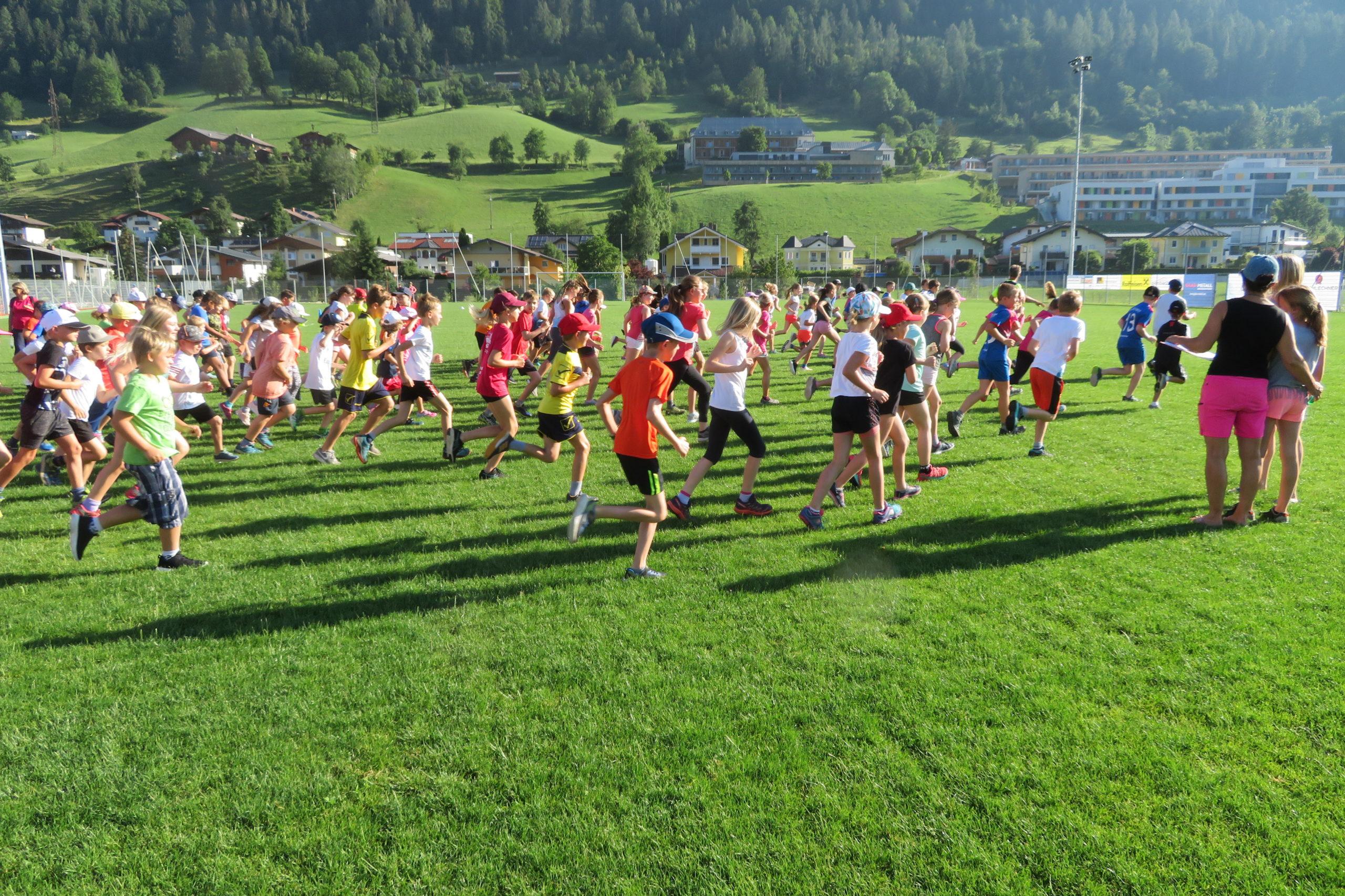 Leichtathletik Sportfest der Volksschule